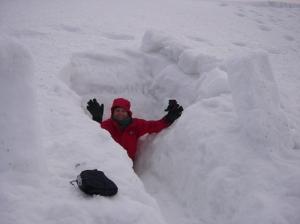 Snow holing