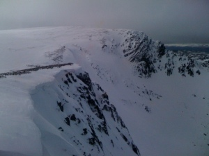 Still some big cornices around the Sneachda rim!