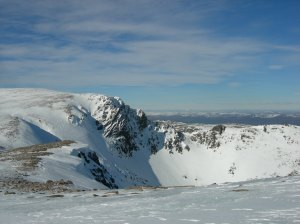 A blue sky day in the northern corries